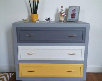 """Dresser vintage """"indecisive"""""""