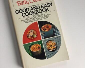 Vintage Betty Crocker Cookbook - Good and Easy - 1970s Cookbook - Vintage Kitchen - Recipe Collection - Paperback Cookbook - Special Edition