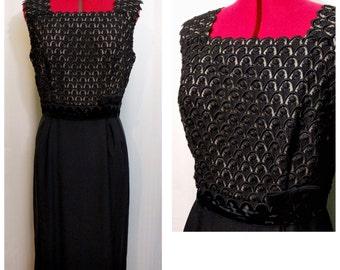Black Lace Bodice/Velvet Waist/Polyester Skirt 50s Dress