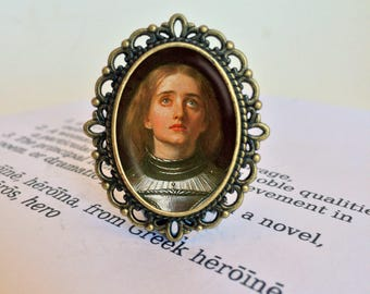 Joan of Arc Brooch - Joan of Arc Jewelry, Feminist Brooch, Maid of Orleans Pin, Millais Gift, La Pucelle d'Orleans Pin, Feminist Jewellery