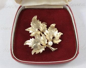 Vintage Sphinx Leaf Brooch - Gold Tone Leaves Brooch - Faux Pearl Brooch - Vintage Foliate Brooch - Signed Sphinx Brooch