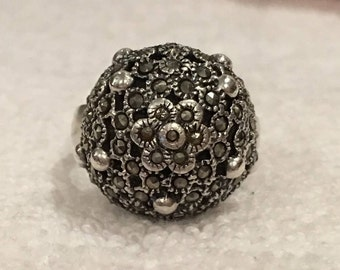 Magnificent Vintage RETRO Sterling SILVER Flower Ring-Beautiful Big Bold Domed Design-With MARCASITES-Uk Size P-Us 7.5 - 7.24 grams