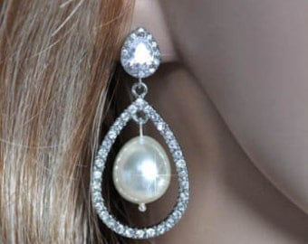 Vintage Inspired Rhinestone and Pearl Teardrop Chandelier Dangle Earrings, Bridal, Wedding (Pearl-517)