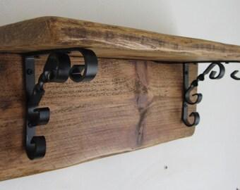 Reclaimed Wood Rustic Farmhouse / Shabby Chic Style Shelf with Black Wrought Iron Bracket Decoration