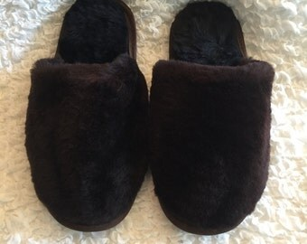 Slippers brown fur cover toe