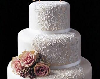 Personalized Mr and Mrs Wedding Topper Cake Wood Decor Monogram Surename Cake Topper Woodland Wedding Cake Decor Anniversary Bridal Shower