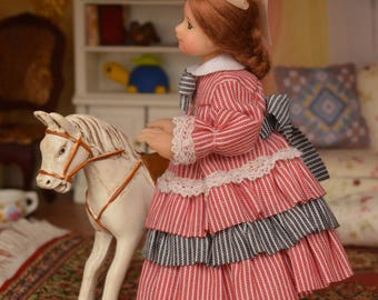 Miniature Doll Polymer Dollhouse in 1:12 Baby girl Collectible Miniature Dollhouse Miniature Collection Gift Display Doll