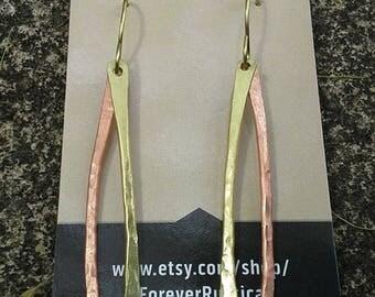 mixed metal jewelry, mixed metal earrings, hammered metal earrings, hammered metal jewelry, handmade earrings, copper earrings, earrings