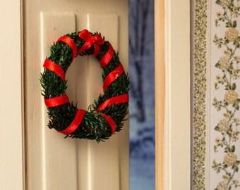 Miniature Wreath (Simple Pine) -- Dollhouse Miniature 1:12 Scale