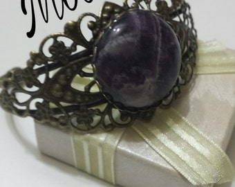 Amethyst, chakra-natural stone-Crystal therapy-reiki