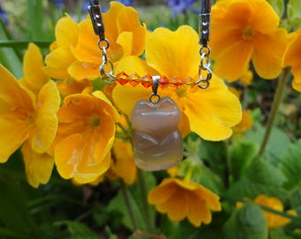 Necklace Fox, small protector, agate