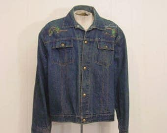 Vintage denim jacket, 1970s jacket, Trucker jacket, embroidered jacket, vintage clothing, XL