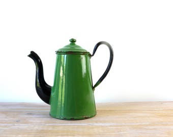 Vintage green black enamel coffee pot - Enamel green jug, Green enamel teapot, Vintage enamelware coffee tea pot, enameled coffee can teapot