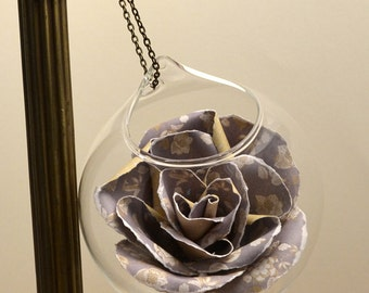 Glass bauble flower