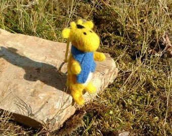 Giraffe with blue scarf, felted, felt felted figure decoration, Assecoire, trailer, animal, Zoo, soft