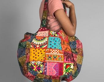 """Shop """"beach bag"""" in Handbags"""