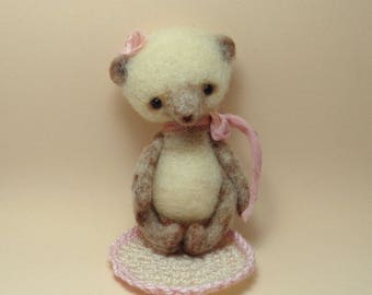 Needle felted Teddy Bear Miniature- Vintage Style- Cute Toy for dolls ( BJD,Blythe,Pullip,Monster high,Barbie,.)- OOAK- Ready to Ship