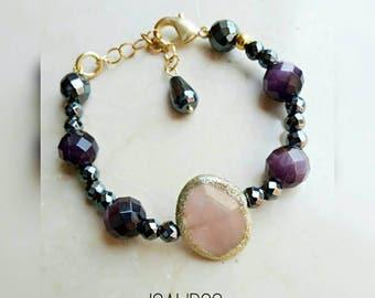 Beaded bracelet, gemstone bracelet, beaded jewelry, quartz and hematite bracelet, elegant bracelet, gift for friend, gift for her, wife gift