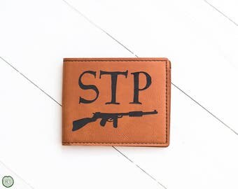 Mens Wallet, Gun with Initials Above, Hunting Gift for Hunter, Rifle, Outdoors, Gift for Husband, Father, In Law, Dad, Grandpa, Engraved