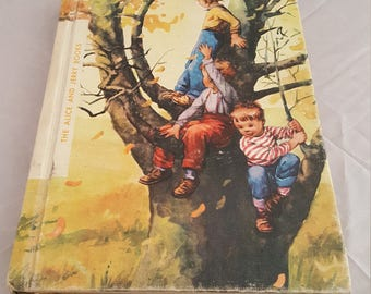 """Vintage """"The Alice and Jerry Books"""" Round About school book."""