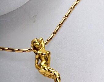 Finesse Mermaid pendant