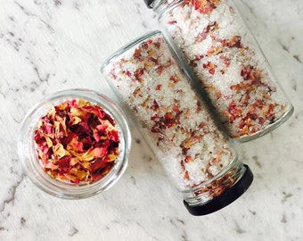 Indulgent, 100% Natural Bath Blend with Rose Petals