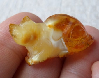 3,88gr. CAT Authentic Honey Natural Real Hand Carved Baltic Amber Amulet