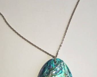 Natural New Zealand Paua Shell Oval handmade Pendant Necklace