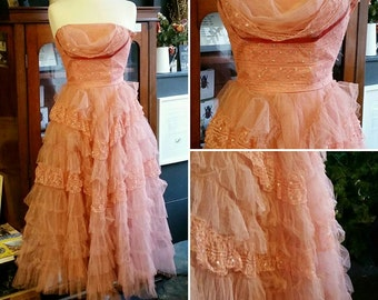 Vtg 1950's PROM dress // pink ball gown // ORIGINAL condition