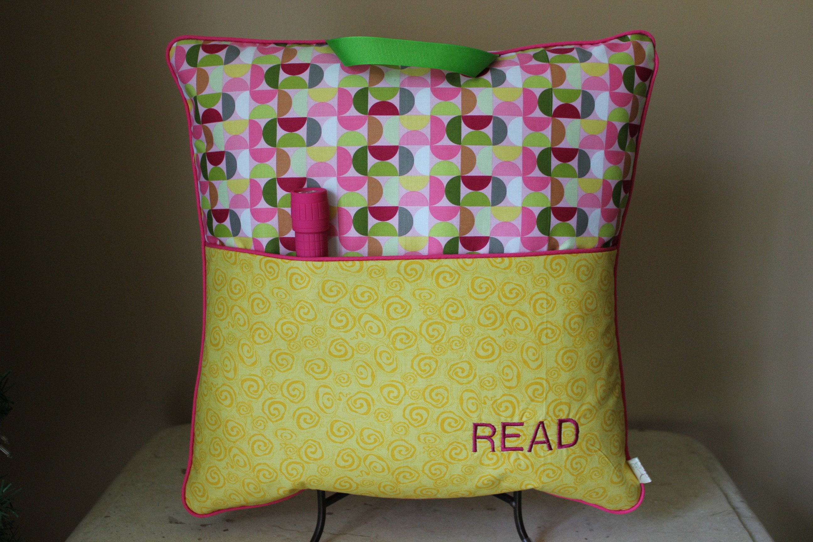 travel reading pillow with flashlight camp