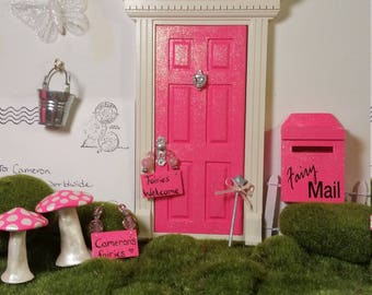 Opening Fairy Door Mini Package! Fairy Door With Mailbox and accessories!