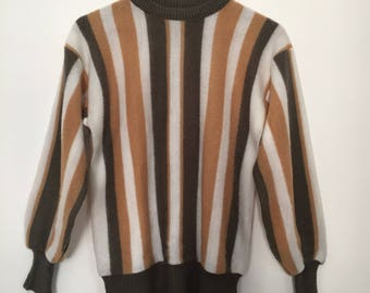 Vintage sweater / fluffy sweater / striped sweater / pullover / striped fabric /  crewneck  vintage / jumper / vintage pullover