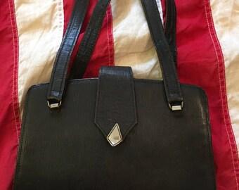 1940's Vintage Black Textured Leather Handbag Purse Silver Diamond Closure