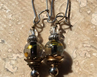 Clear Glass Bead with Gold Streaks
