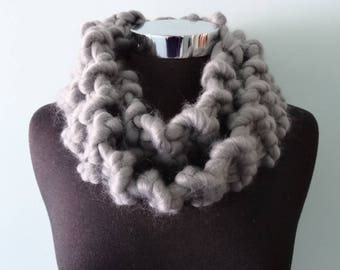 Chunky Wool Scarf in Smokey Grey