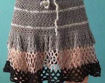 Gray-black crochet knit skirt