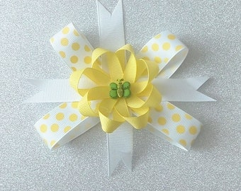 Spring Bow. / Butterfly Bow / Yellow and white bow.
