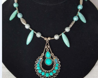 Beaded Necklace - Turquoise Tear Drops