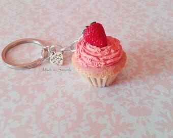 Strawberry cupcake in fimo. Elegant keychain.