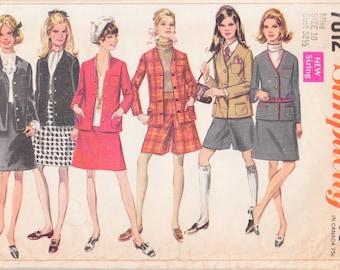 """60s Vintage Women's Suit Pattern   Simplicity 7812   Size 10, Bust 32.5"""""""