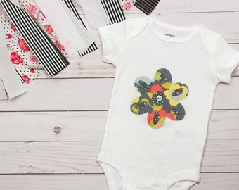 Baby Flower Bodysuit   Baby Flower Romper   Baby Flower Clothes   Flower romper   Floral Baby Onesie   Floral Baby Bodysuit   Baby onesie