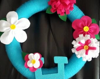 "9"" Mum and basic flower Wreath"