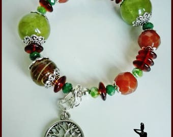 Mixed beads bracelet and tree of life pendant