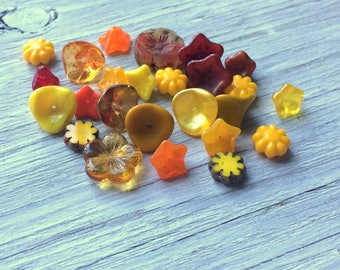 Czech Glass Flower Bead Mix, yellow and orange 25 pieces