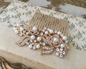 Gold Bridal Hair Comb.Gold Crystal Pearl Bridal Hair Comb.Rhinestone Bridal headpiece.gold Bridal hair accessory.gold wedding hair piece.