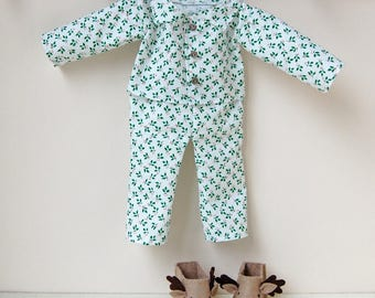Christmas Doll Pyjamas Kit - Make Your Own - Children's Sewing Kit - Creative Activity Kit - Doll's Festive Pyjamas Toy