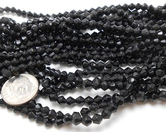 80 Black Glass Bicone Beads 4mm (H2287)