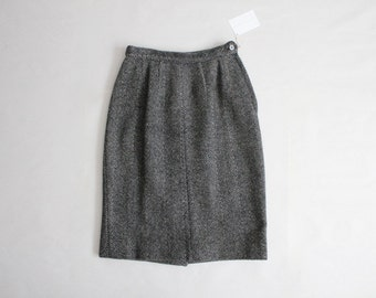 herringbone wool skirt | 1950s skirt | tweed wool skirt