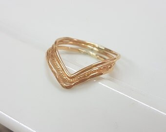 Gold chevron stacking ring set of 3, gold v shaped ring minimalist gold filled rings