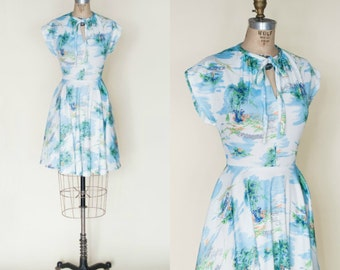 1970s Dress --- Vintage Novelty Print Dress